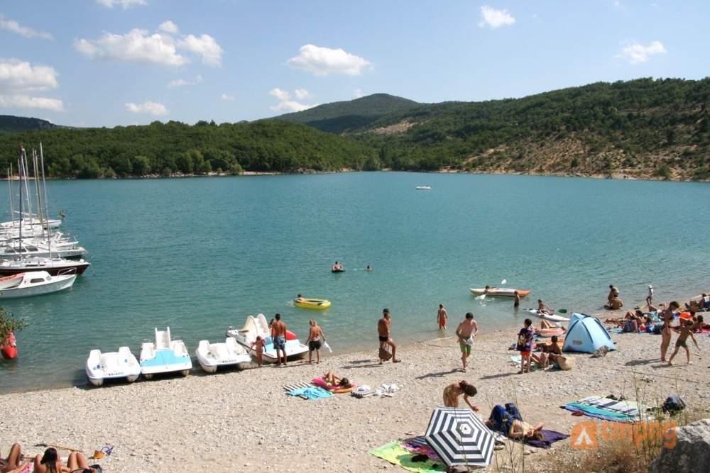 Camping le clos de barbey bauduen var - Camping lac st croix avec piscine ...