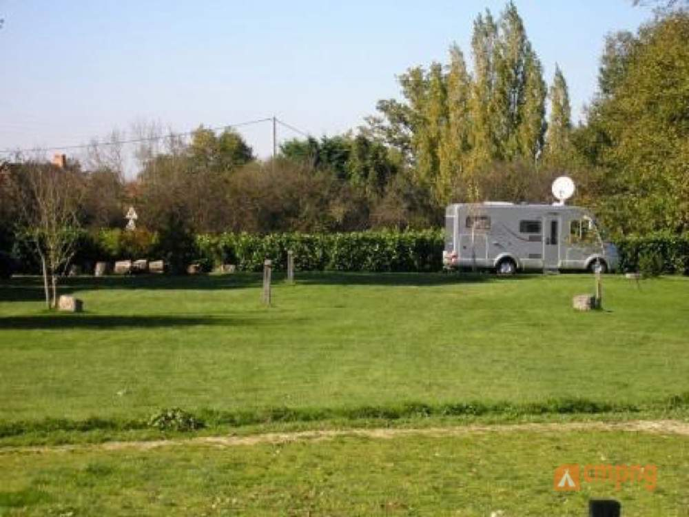 Camping le Tournesol, Chappes, Allier